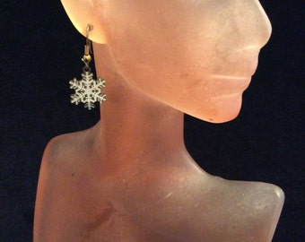 Vintage White Enameled Christmas Snowflake Pierced Dangle Earrings