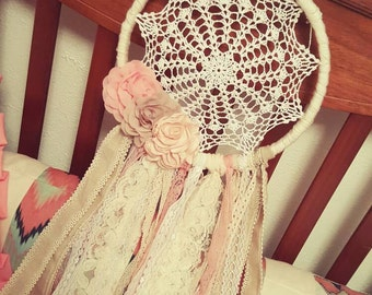 Lace and burlap dream catcher with flowers