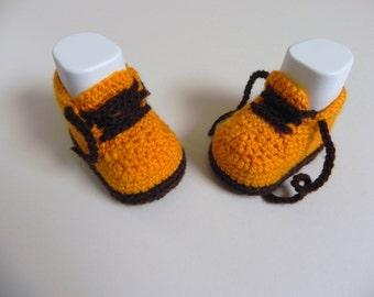 Stylish Crochet Baby Shoes in Orange