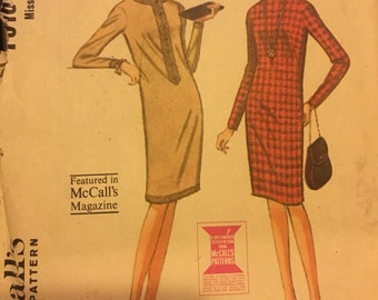 Vintage 60's McCall's 7916 Dress Pattern-Sise 14 (34-26-36)