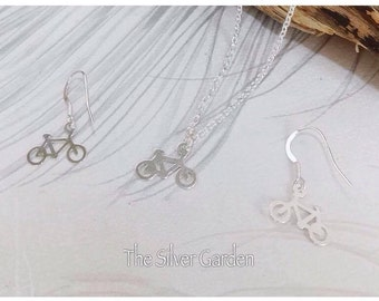 Silver Bicycle Necklace Set, Cyclist Jewellery, Bike Necklace, Sports Jewellery, Cycle Necklace, Bicycle Earrings, Birthday, Christmas,