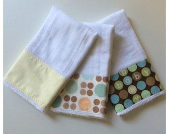 Polka dot baby burp cloth set, neutral & browns