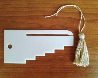 Tassel maker, 5 sizes of tassels, tassel tool, how to make tassels, how to make a tassel, diy tassel, garland