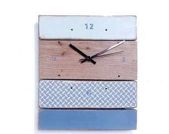 Clock wood - blue-grey / green mint water / ground