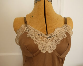 Tawny mid-length slip with lace trim