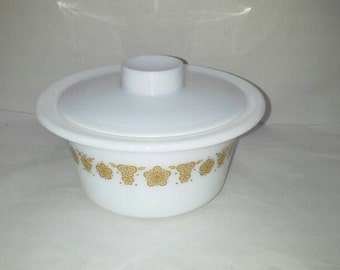Vintage Pyrex Gold Butterfly Round Butter Dish with lid