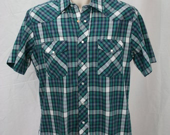 Green palid short sleeve vintage shirt with pearl snaps Rustler XL