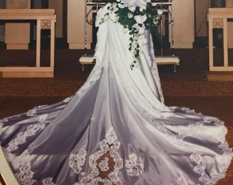 Beautiful Vintage 1990's Wedding Dress Gown