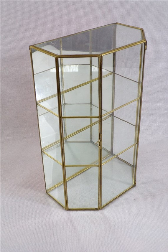 glass display case brass and mirror vintage miniatures pets. Black Bedroom Furniture Sets. Home Design Ideas