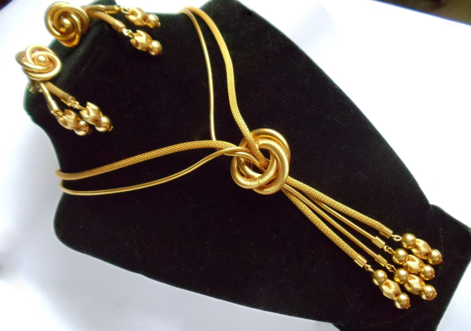 Vintage demi parure necklace earrings set gold tone polished for What is gold polished jewelry