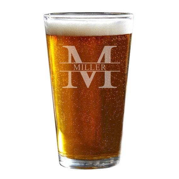 Custom Pint Glass Personalized Beer Glass Groomsmen Gift