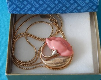 Vintage Avon Broach Necklace Combination in the Original Box
