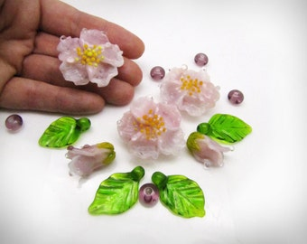 """Set of beads """"pink flowers"""" beads, flowers, lampwork flowers, glass flowers, pink flowers."""