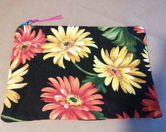 Handmade cotton contrast lined zippered makeup bag
