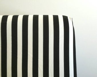 bold black and white stripped fitted sheet
