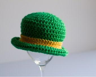 READY TO SHIP Baby Leprechaun Hat, Notre Dame Hat, Fighting Irish Toddler Bowler Hat, Crochet Infant Photo Prop, Newborn Nephew Gift