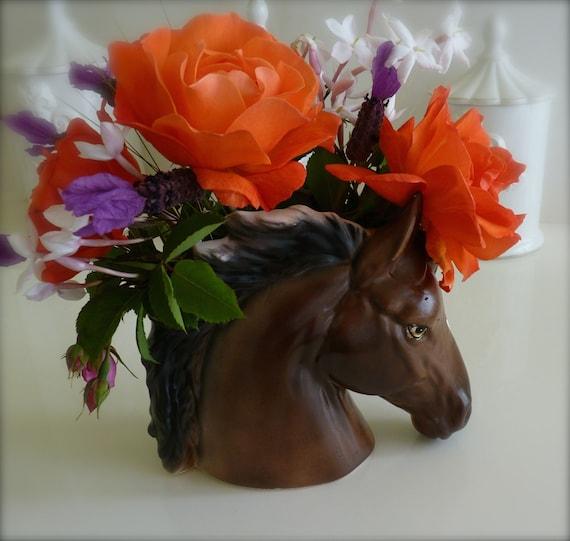 HORSE HEAD VASE ~ Napcoware Vase ~ Beautiful Horse Decor ~ Mint Condition ~ Vintage 1950s