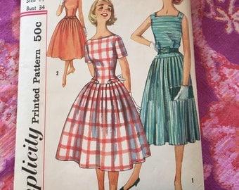 Vintage Simplicity 2477 Dress Sewing Pattern