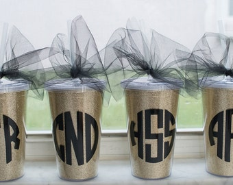 Custom Tumblers - Personalized Tumblers - Glitter Tumblers - Monogrammed Tumblers - Monogram Tumblers - Bridal Party Gifts - Bridesmaid Gift