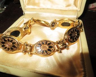 Vintage 1950s goldtone black enamel link bracelet