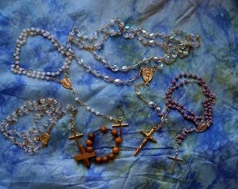 Big Lot of Vintage Rosaries. Vintage Lot of Religious Keepsakes. Vintage Lot of Religious Collectibles, Very Pretty