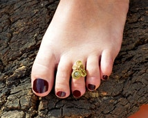 Toe Ring, Gold Toe Ring, Foot Ring, Stone Toe Ring, Brass Toe Ring, Boho Toe Ring, Summer Toe Rings, Toe Ring Gold, Gypsy Jewelry
