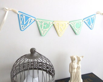 """Banner flags """"Thank you"""" in multicolored paper, lace effect"""