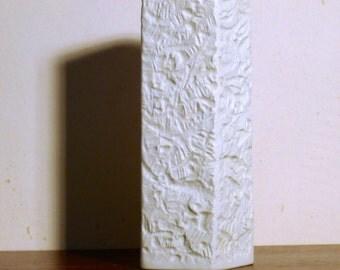 Hutschenreuther, matt white porcelain vase, Design H. Schwahn 5129/24, 70, porcelain, white