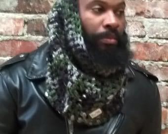 Men's  Chunky Crochet Cowl