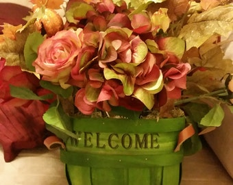 Welcome Fall Floral Centerpiece
