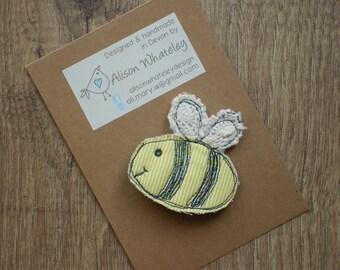 Fabric bee brooch, fabric bee pin, bee brooch, bee pin, handmade brooch, handmade pin, unique gift, gift for her, teacher gift, fun