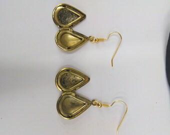 Smuggler Earring Lockets