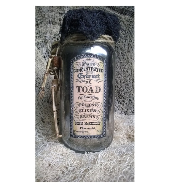 Halloween Potion Bottle EYE OF NEWT Extract of Toad Mercury Jar Vintage Look Large 2 sided Glass Poison Jar Creepy Decor
