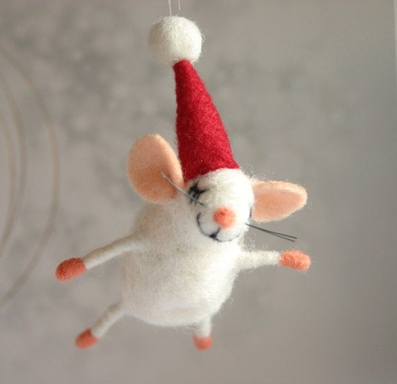Items similar to Felted mouse for Christmas, Needle felted ...