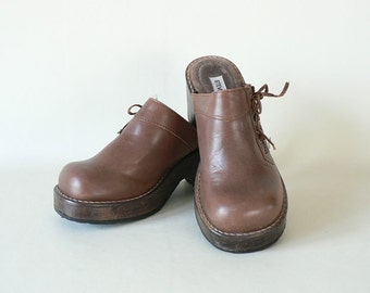 Womens  Wood Platform Clogs Size 7