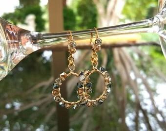 14kt gf, Swarovski Crystal elements dangle earrings, drop earrings!
