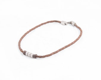 24 apply leather necklace