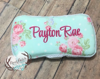 Personalized Baby Wipe Case, Custom Wipe Case, Travel Wipe Case, Floral Baby Girl with White Trim Wipe Case, Diaper Wipe Case, Baby Gift