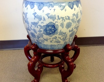Vintage Chinese Blue & White Porcelain Planter Flower Pot and stand