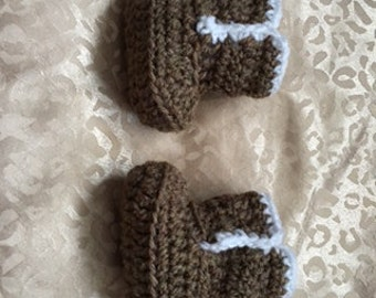 Crochet Baby Ugg style Booties 0-3 months