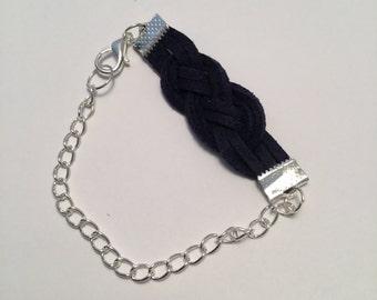 Marine bow bracelet