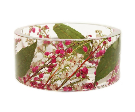 Resin Flower Bangle, Pressed Flowers Bangle, Flower Bangle, Fashion Bangle, Resin Bangle, Handmade Bangle, Flower Jewelry, Fashion Bracelet