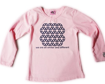 Tessellations II T-Shirt Pink Size 4/5