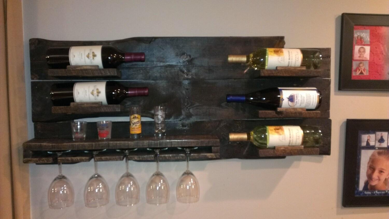 rustic pallet wine rack pallet wood pallet furniture. Black Bedroom Furniture Sets. Home Design Ideas