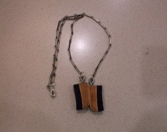 Wood and felt necklace