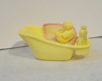 Vintage Mattel Barbie Baby Krissy Yellow Bathtub with Rubber Duckie , Bottle of Shampoo , and Yellow Washcloth