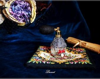 Lianest-Vintage glass perfume bottles