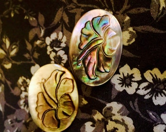 Vintage Carved Shell Hibiscus Earrings