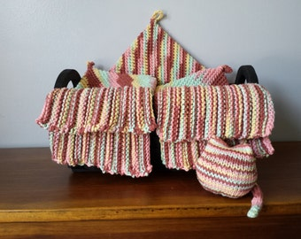 Kitchen Crochet and Knit Dishcloth, Potholder and Hot-Pad Set with Cat Yellow/Pink/Brown
