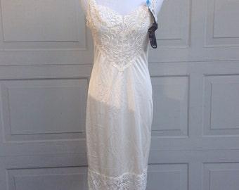 Vintage Vanity Fair Slip Nightgown Linerie Negligee NOS 70s